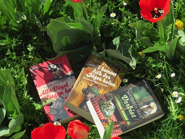 Die drei Hundekrimis der Autorin Michaela Seul, erschienen im Heyne Verlag, mehr Infos unter www.flipper-privat.de